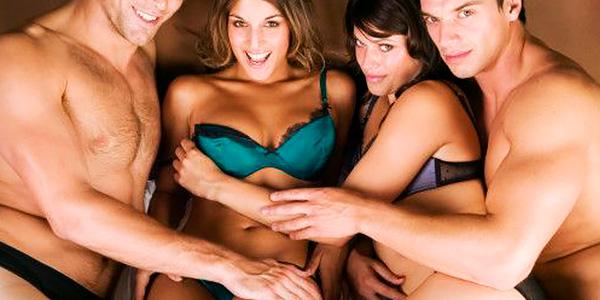 klitoris vibrator swinger orgy